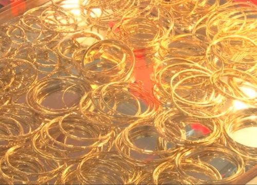ทองขึ้น100บ.รูปพรรณขายออก18,700บาท