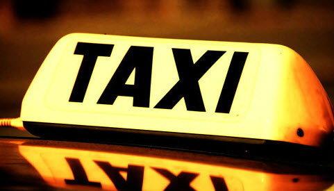 """เอ็นจีโอคัดค้านขึ้น """"ค่าแท็กซี่""""ซ้ำเติมคนจน"""