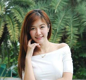 พริตตี้เงินล้าน เบอร์ 1 ของไทย สต็อป-ศรัณย์รักษ์