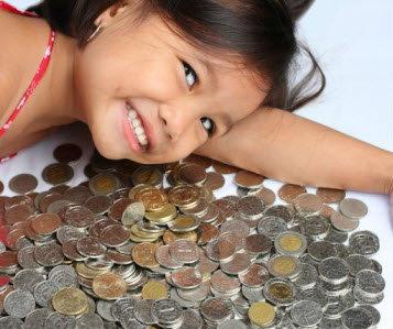 5 วิธี พ่อแม่สอนลูกออมเงิน