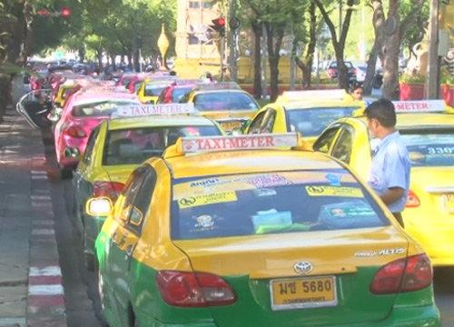 ชัชชาติ ลั่น ไม่คุมกำเนิดรถแท็กซี่