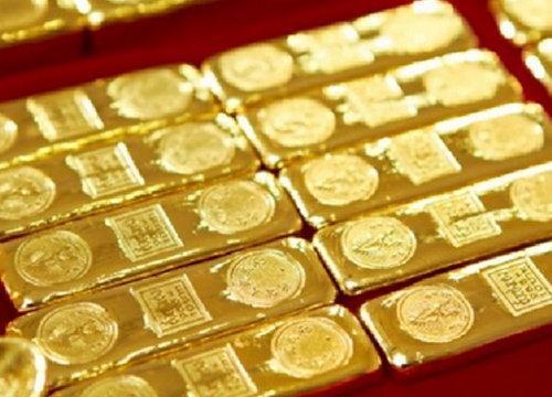 ทองคำขาลง หลังหลุด 1,240 ดอลล์/ออนซ์