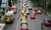 """แห่เปิดแท็กซี่ """"ไฮโซ"""" แข่งนครชัยแอร์ """"ค่ายรถ"""" รุม2หมื่นคันจ่อปลดระวาง"""
