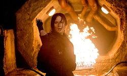 'แคทนิส' ยืนหยัดกลางเปลวเพลิงแห่งการต่อสู้! MOCKINGJAY PART 2