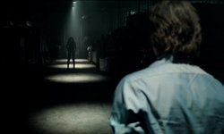 ถ้าแน่จริงอย่าปิดไฟนอน! Lights Out หนังผีเรื่องล่าสุดของ เจมส์ วาน