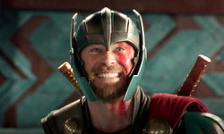รีวิว Thor Ragnarok บุตรแห่งคณะเชิญยิ้ม หนังธอร์ที่สนุกที่สุด แต่...