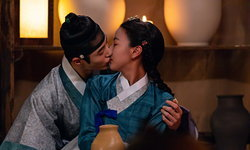 ยิ้มเบาๆ กับเรื่องราววุ่นๆ แห่งราชวงศ์โชซอนกับซีรีส์ Flower Crew : Joseon Marriage Agency