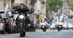 "Tom Cruise เป็น ""บุคคล VIP"" ไม่ต้องกักตัวเมื่อเดินทางกลับไปถ่าย Mission Impossible ในอังกฤษ"