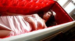 เกรซ อินบทจัด อยากนอนโลงศพคู่คนรัก