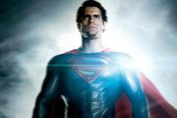 ใหม่! สองแบนเนอร์เผชิญหน้าจากหนัง Man of Steel