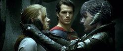 แซ็ค สไนเดอร์ เปิดเผยอีสเตอร์เอ้กสำคัญใน Man of Steel