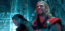 Thor: The Dark World เปิดตัวแรงก่อนอเมริกา! เสียงวิจารณ์ระดับ A