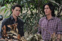 บี ส่งตองเหลือง มาฆ่าเจค เพราะกลัว โบ๊ทกับแมทธิว สืบรู้เรื่องของตัวเอง