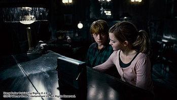เปิดตัวแรง! แฮร์รี่ พอตเตอร์ 7 ฉีกสถิติรายได้รอบดึก