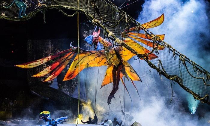 """เมื่อ Avatar ขอโลดแล่นบนโลกแห่งความจริงใน """"Cirque du Soleil Toruk The First Flight"""""""