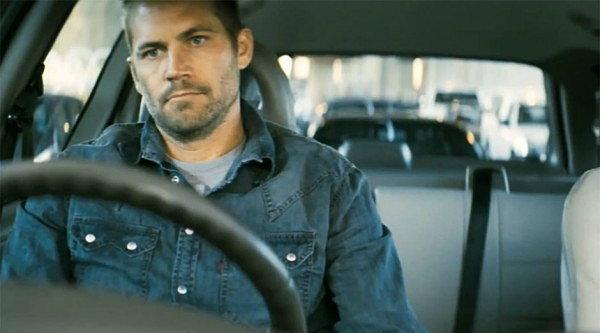 ดูพอล วอล์คเกอร์ ซิ่งหนีตายในตัวอย่างหนัง Vehicle 19