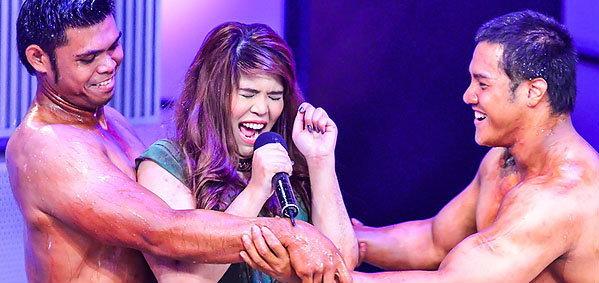 """รายการ Killer Karaoke """"ขอร้อง อย่าหยุดร้อง!"""""""