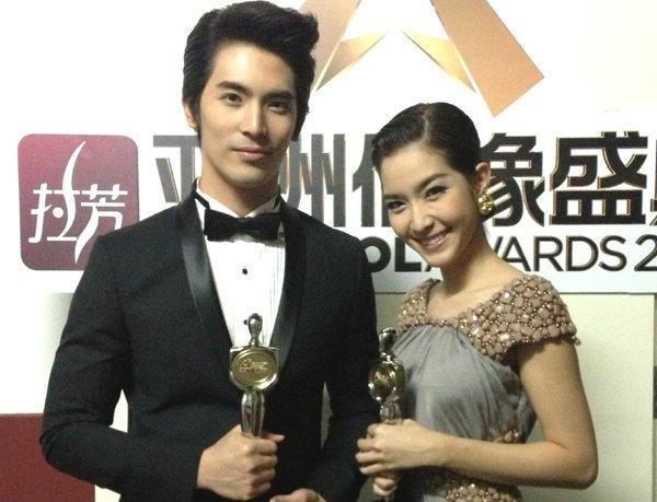 สน-โม รับรางวัล Asian Idol Awards 2013 ที่จีน