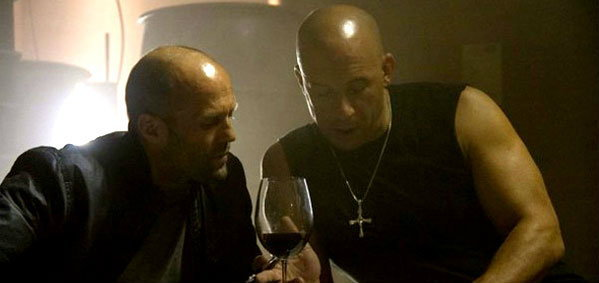 วิน ดีเซล กับ เจสัน สเตแธ่ม ในภาพเบื้องหลังใหม่ Fast & Furious 7