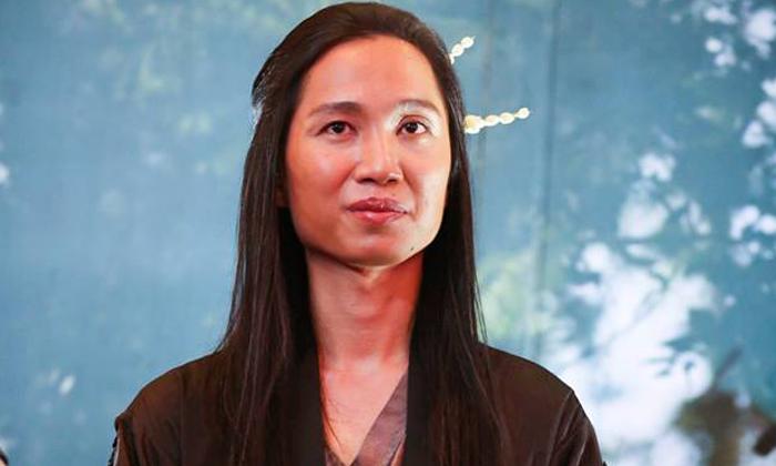 """""""หวังว่าถ้ามีรัฐบาลใหม่ จะสนใจภาพยนตร์ไทยกว่านี้"""" จาก ผกก. มะลิลา บนเวที """"สุพรรณหงส์"""""""