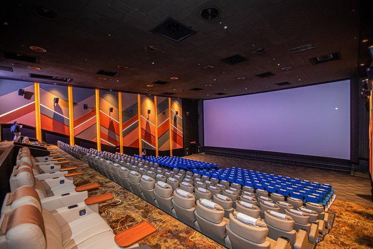 cinema f v 5