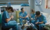 5 สิ่งที่คุณจะได้ชมอย่างอิ่มใจใน เพลย์ลิสต์ชุดกาวน์ 2 (Hospital Playlist 2)
