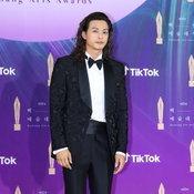 baeksang arts awards 2021 Netflix