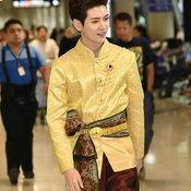 เร็น NU'EST W ชุดไทย