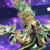 the mask วรรณคดีไทย กรุ๊ปไม้เอก