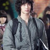 ผลงาน คิมซูฮยอน