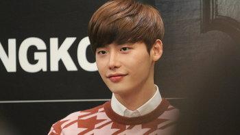 อีจงซอก (Lee Jong Suk) เซ็นสัญญา เข้าร่วมค่าย YG แล้วจ้า!