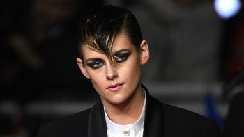 "Kristen Stewart กับบทบาทผู้กำกับในหนังที่มีตัวละครเป็นไบเซ็กชวล ""The Chronology of Water"""