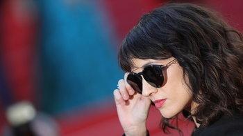 """คานส์ฉาว! Asia Argento เผยเคยถูก Harvey Weinstein """"ข่มขืนที่นี่"""""""