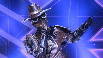 The Mask Project A ศึกแชมป์ชนแชมป์ ถอดหน้ากากอีกาเหล็ก!
