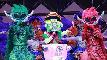 """""""ตุ๊กตุ๊ก"""" คว้าแชมป์ไม้ตรี! เปิดหน้ากากคู่ ยักษ์เขียว-ยักษ์แดง """"The Mask Line Thai"""""""