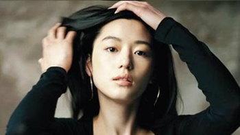 สวยและรวยมาก จอนจีฮยอน คนดังที่สวยและรวยที่สุดในเกาหลี