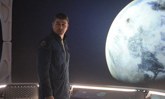 Netflix เผยภาพแรกหนังไซไฟ The Midnight Sky กำกับและนำแสดงโดย จอร์จ คลูนีย์