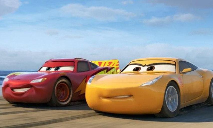 รีวิวหนังอนิเมชั่น  Cars 3 - สี่ล้อซิ่ง ชิงบัลลังก์แชมป์ ดิสนีย์พิกซาร์