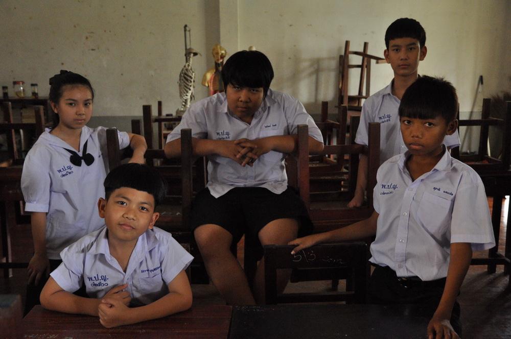 """เพราะทุกโรงเรียนมีเรื่องขนหัวลุก สยองกับหนังไทย """"โรงเรียนผี"""""""