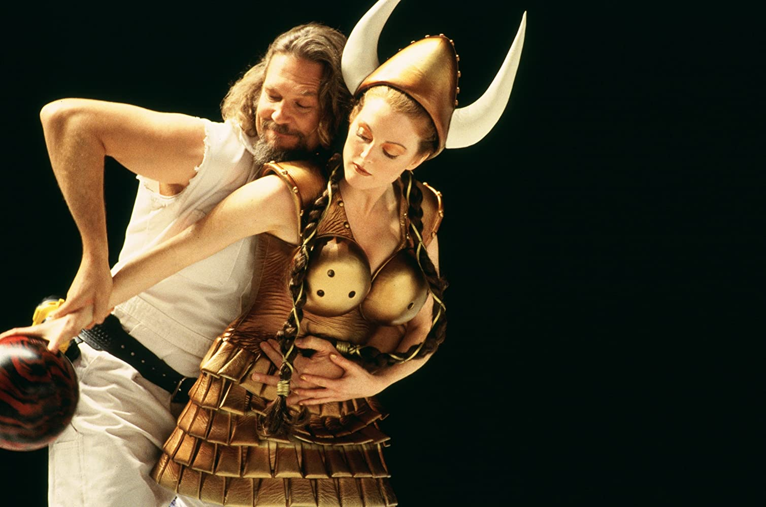 Julianne Moore and Jeff Bridges in The Big Lebowski (1998)
