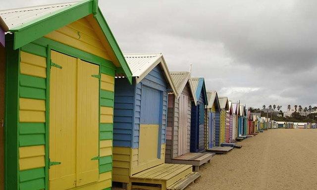 บ้านสีสดใส ที่ Brighton beach