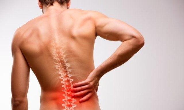 อาการปวดหลัง ถ้าไม่ระวัง ร่างพังไม่รู้ตัว