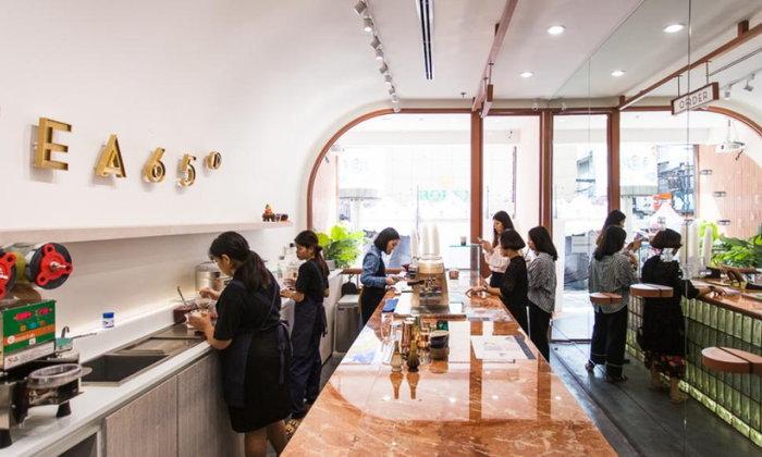 TEA 65 ร้านชาสุดสดใสใหม่กิ๊งกลางสยาม ที่จริงจังในเรื่องชาแบบแก้วต่อแก้ว