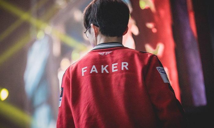 Faker คือใคร ? ชายที่ได้การรับยอมรับจากผู้เล่นทั่วโลกและขนานนามว่าเป็น พระเจ้า ของโลก LoL