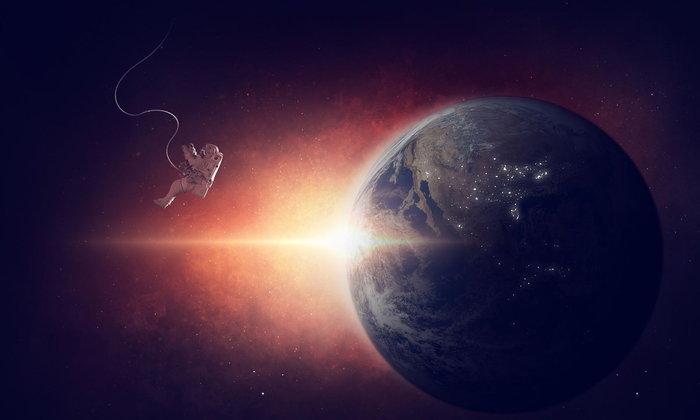 Universo y Espacial en Tailandés จักรวาล และอวกาศ เป็นภาษาไทย