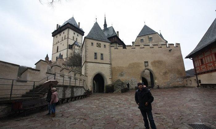 ปราสาทคาร์ลสเตน (Karlstein Castle)