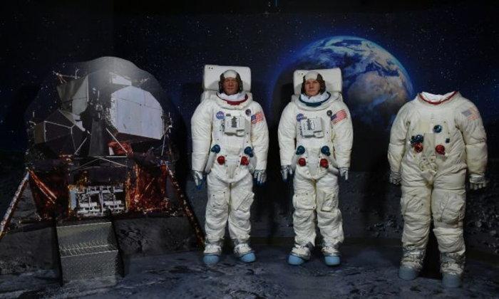 หุ่นนักบินอวกาศที่ พิพิธภัณฑ์หุ่นขี้ผึ้ง