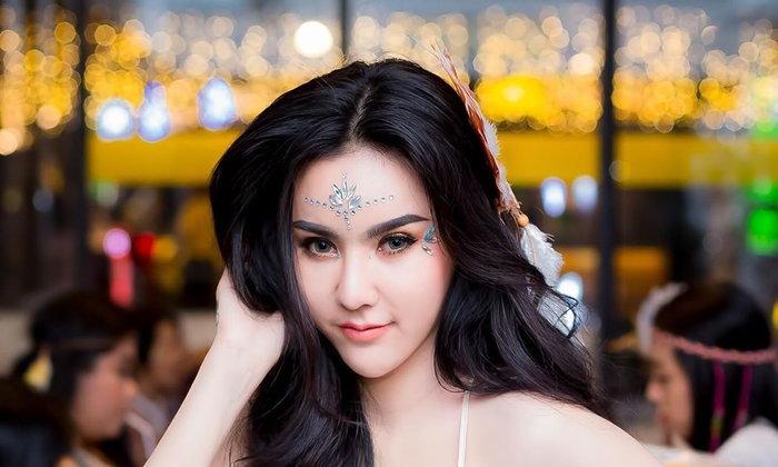 เปิดวาร์ปน้องตูนตูน นางแบบสาวไทยไฟหน้าจ้ามาก สวยแซ่บ เสน่ห์ร้อนแรงจนคุณต้องหลงใหล !