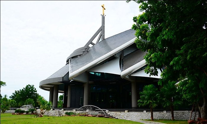 โบสถ์คาทอลิก : วัดนักบุญเทเรซา หัวหิน