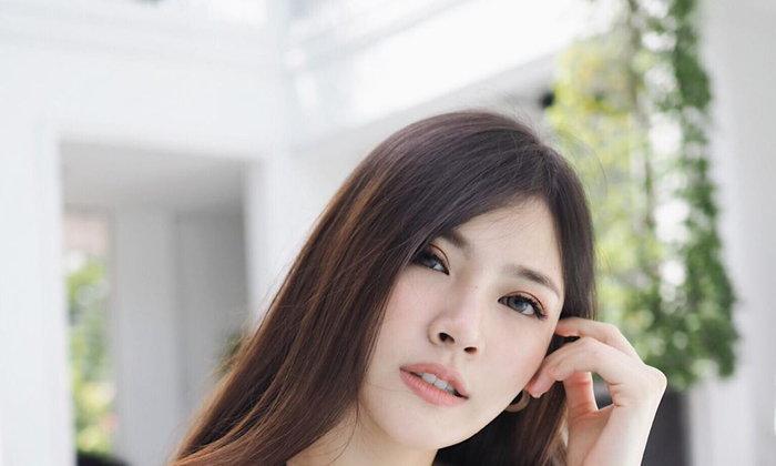 เปิดวาร์ปน้องจีจี้ มณีทัศน์ นางเเบบสาวยไทย สวยละมุน ผิวขาวเนียนละเอียด มองเเล้วชวนให้เก็บไปฝัน !
